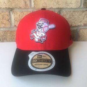 MLB 39Thirty New Era Cincinnati Reds Hat